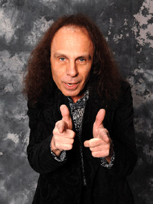 Rocker Ronnie James Dio zemřel