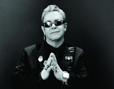 Elton John věnoval Africe motorky