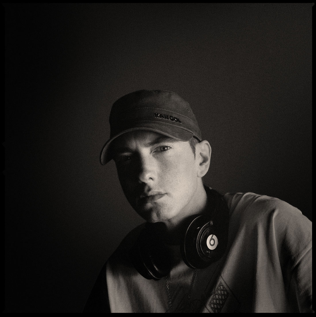 Eminem nahrává s Rihannou a Pink
