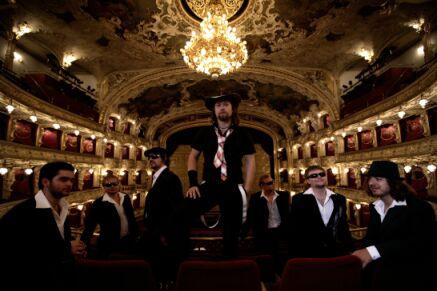 Kryštof přidávají koncert v opeře