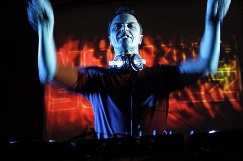 Markus Schulz své remixéry nešetří