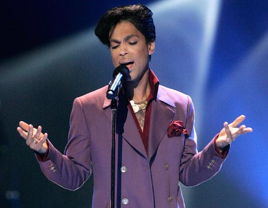 Prince vydá svoji první knihu