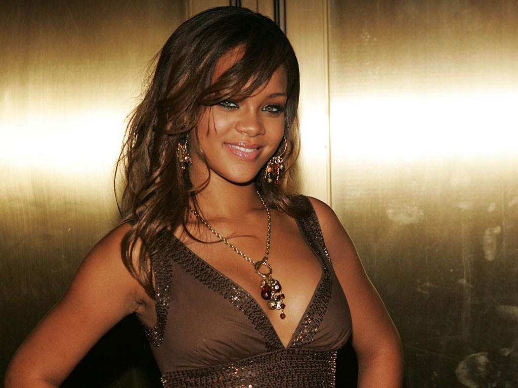 Rihanna chodí s Chrisem Brownem