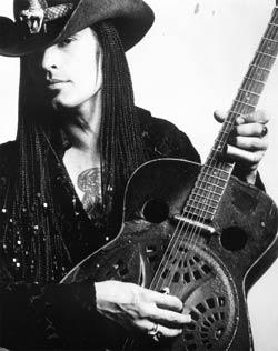 Eric Sardinas: kytarový mág v Praze