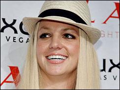 Britney Spears pracuje na desce