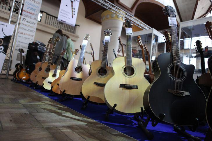 Veletrh Muzika opět ovládly kytary