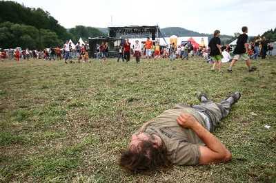 Drogová poradna: Ohlédnutí za festy