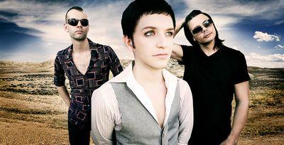 Placebo:  Mládí vrací bicí