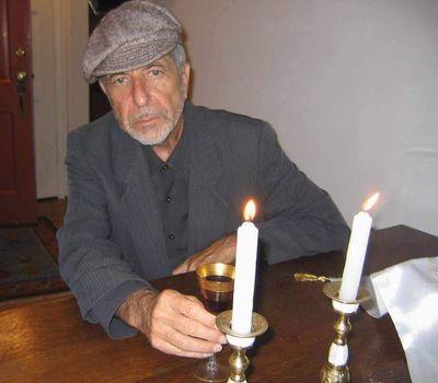 Leonard Cohen: Důchod oddaluje špetka štěstí