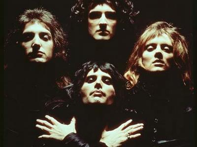 Queen vydají všechny své singly