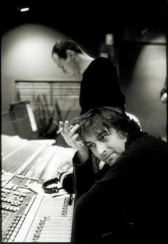 Yann Tiersen drsně i něžně