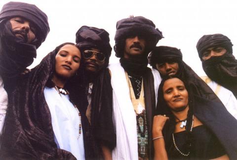 Tinariwen: Zvuk Sahary v Akropoli