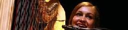 Joanna Newsom zabrnkala Arše na srdce