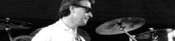 John McLaughlin jde do nové dimenze