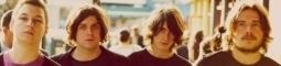 Arctic Monkeys přivolávají blesky