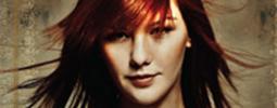 Poslechněte si debutové album Debbi Touch The Sun