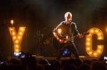 Pražské Roxy tleskalo akustickému koncertu Yellowcard