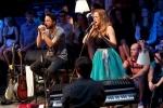 Support Lesbiens pozvali na G2 Acoustic stage Katarínu Landlovou a Ivu Pazderkovou