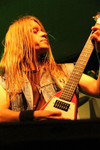 Arakain propaguje album HOMO SAPIENS..?, tentokrát hrál v Krnově