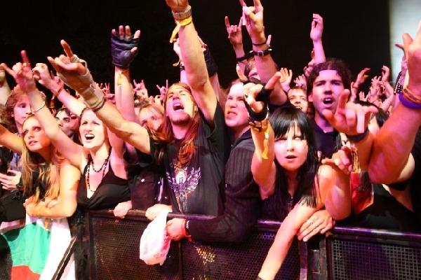 Lemmy: Vizovice, slyšíte mě?!?