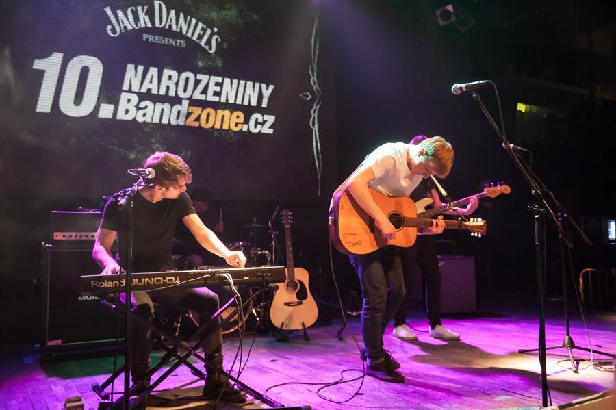 Bandzone.cz slaví 10 let, popřát přišli Light & Love, Stroy, Noisy Pots a mnoho dalších