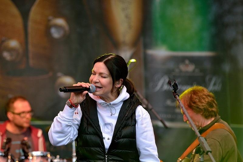 Bohemia Sekt Fest 2013: Anna K, Bára Zemanová, Monkey Business a hodně bublinek