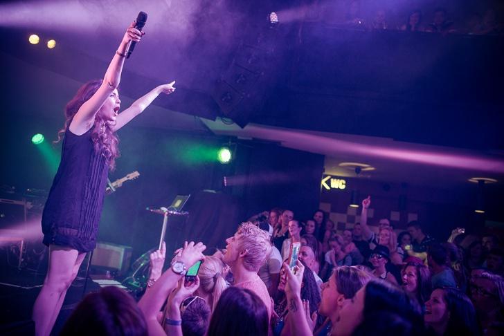 Celeste Buckingham a Majk Spirit nadchli české fans v Retro Music Hall