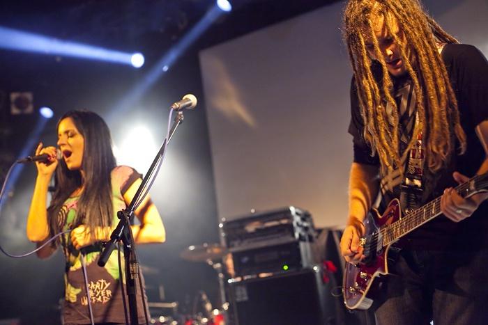 Checkpoint pokřtili nové album, vystoupila také Bára Zemanová, Five O´clock Tea a další
