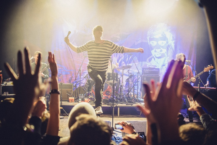Druhý pokus pro Babyshambles: Pete Doherty a spol. dorazili do Prahy