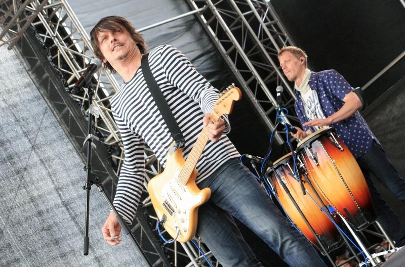 Festivalová sezóna odstartována: vyprodaný Votvírák přivítal Chinaski, Škwor, Wohnout i hip hop