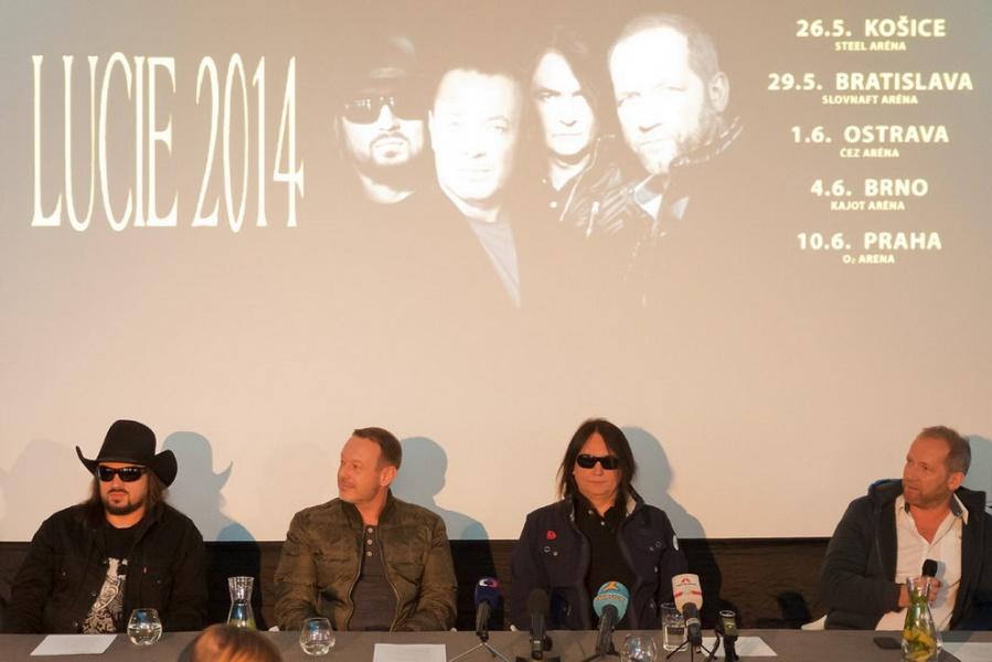Lucie na tiskové konferenci oznámila na příští rok pět halových koncertů