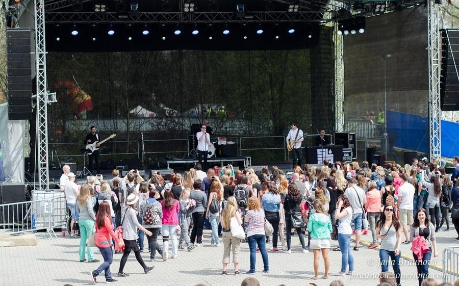 Majáles v Plzni slavil 25 let, Xindl X předvedl striptýz