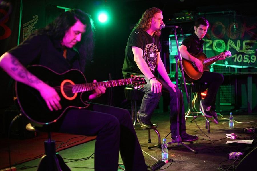 Metal v akustickém kabátku: Blaze Bayley, bývalý zpěvák Iron Maiden, vystoupil v Rock Café