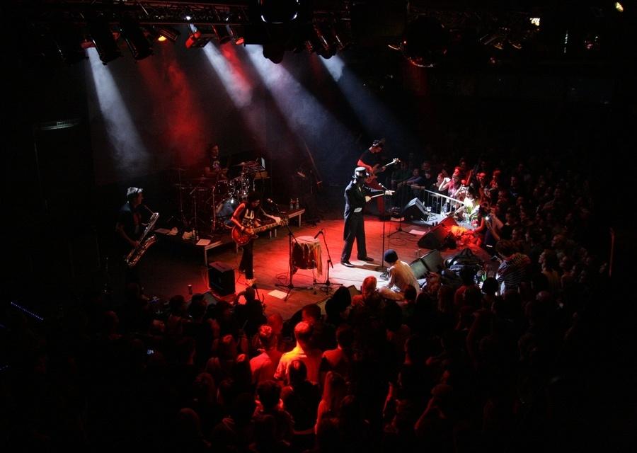 N.O.H.A. a její cirkus: křest desky v Lucerna Music Baru