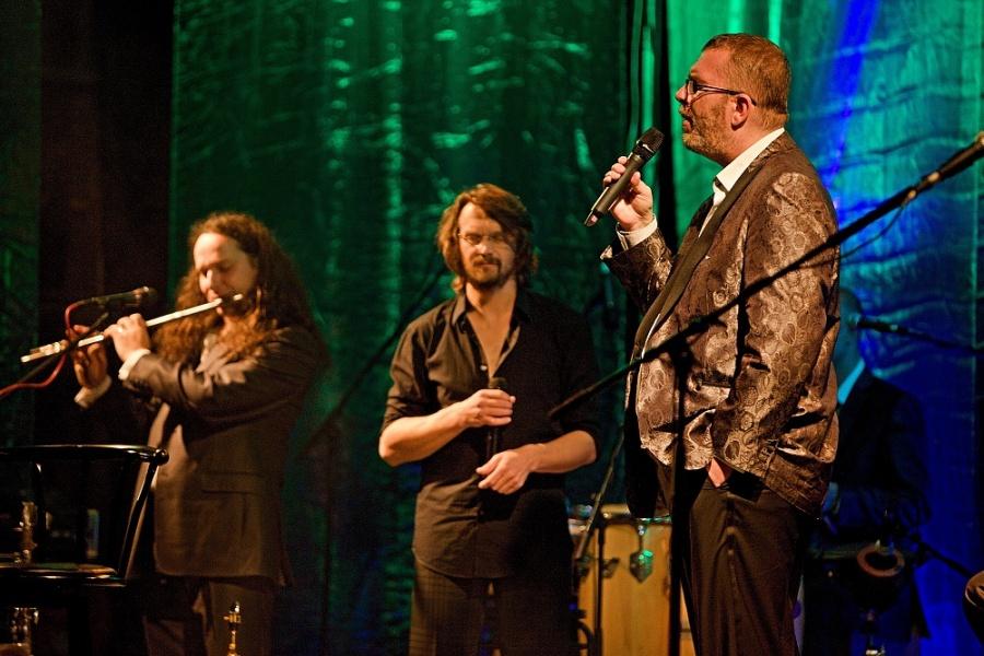 Richard Müller a Dan Bárta vyrazili na společné turné, zahráli v Českých Budějovicích