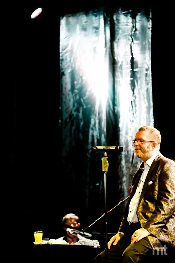 Richard Müller odehrál sérii koncertů v Praze, pomohl mu Dan Bárta