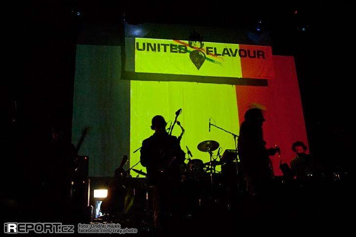 United Flavour pokřtili nové album Attitude a zahájili dvouměsíční turné