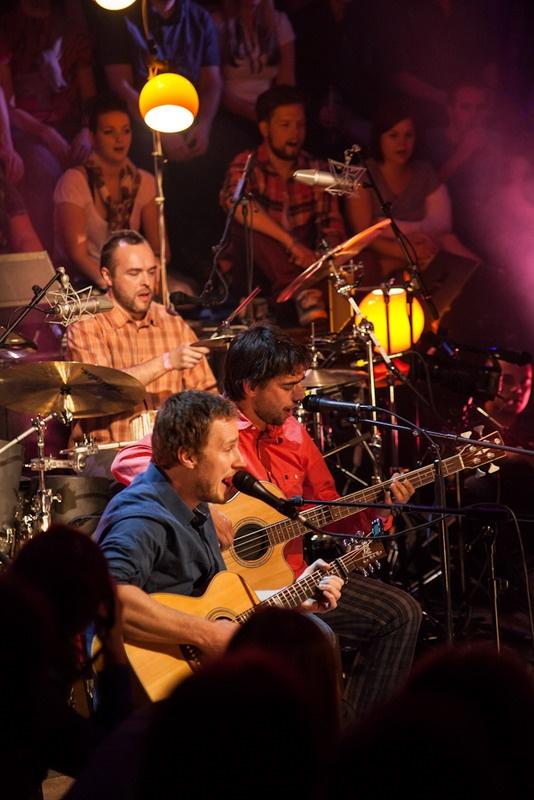 Wohnout unplugged s Evou Pilarovou a Vojtou Lavičkou